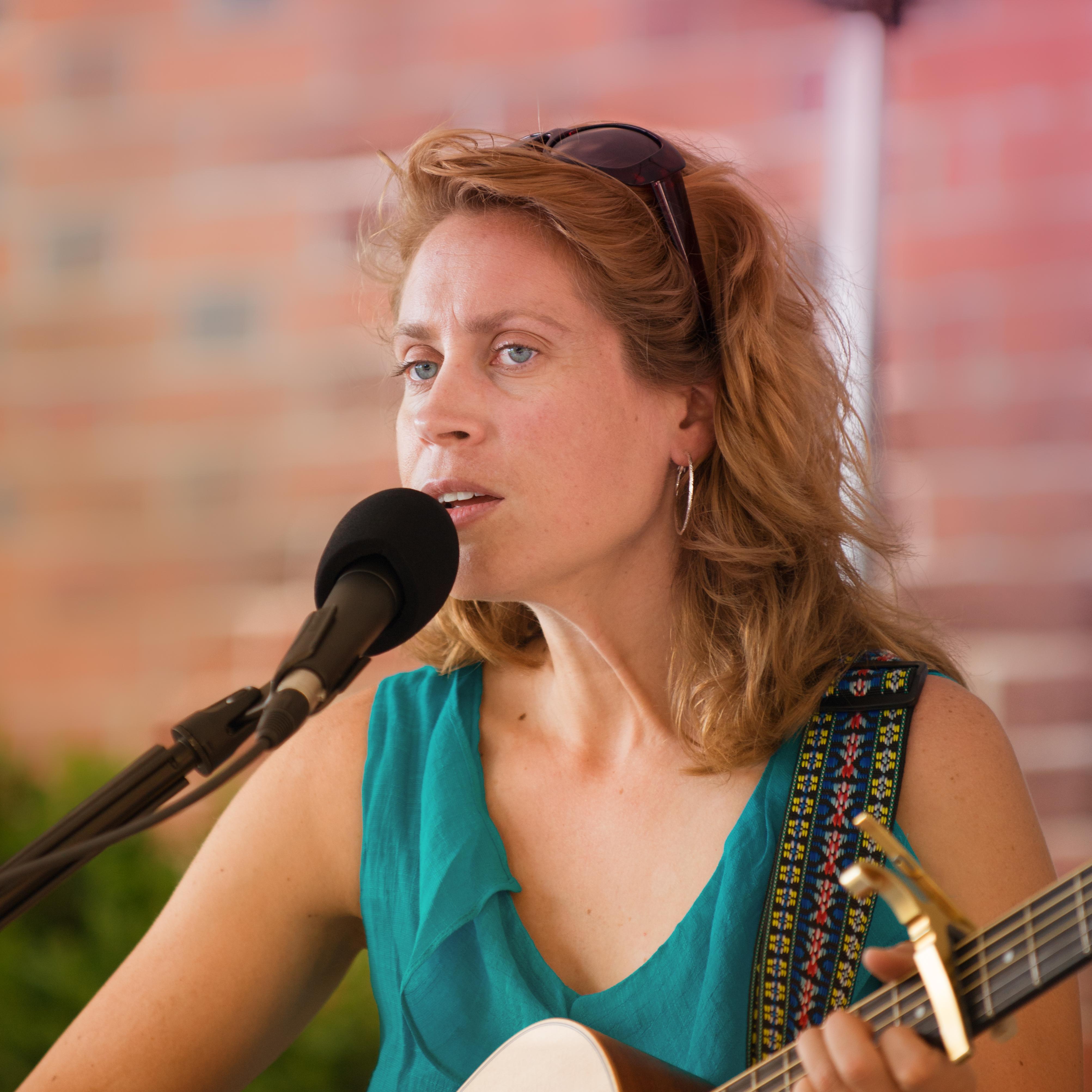 Nicole Belanus