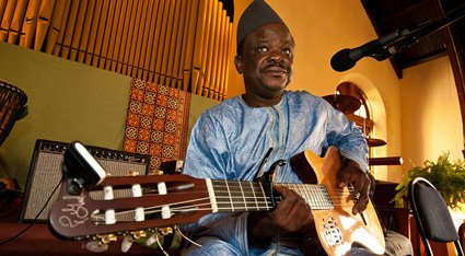 Cheick Hamala Diabate (photo by John Oliver 2012)