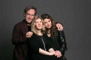 Cry Cry Cry (Richard Shindell, Dar Williams, Lucy Kaplansky)