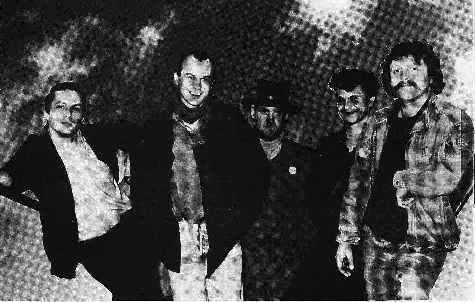 Barzaz (Yann-Fañch Kemener, second from left)