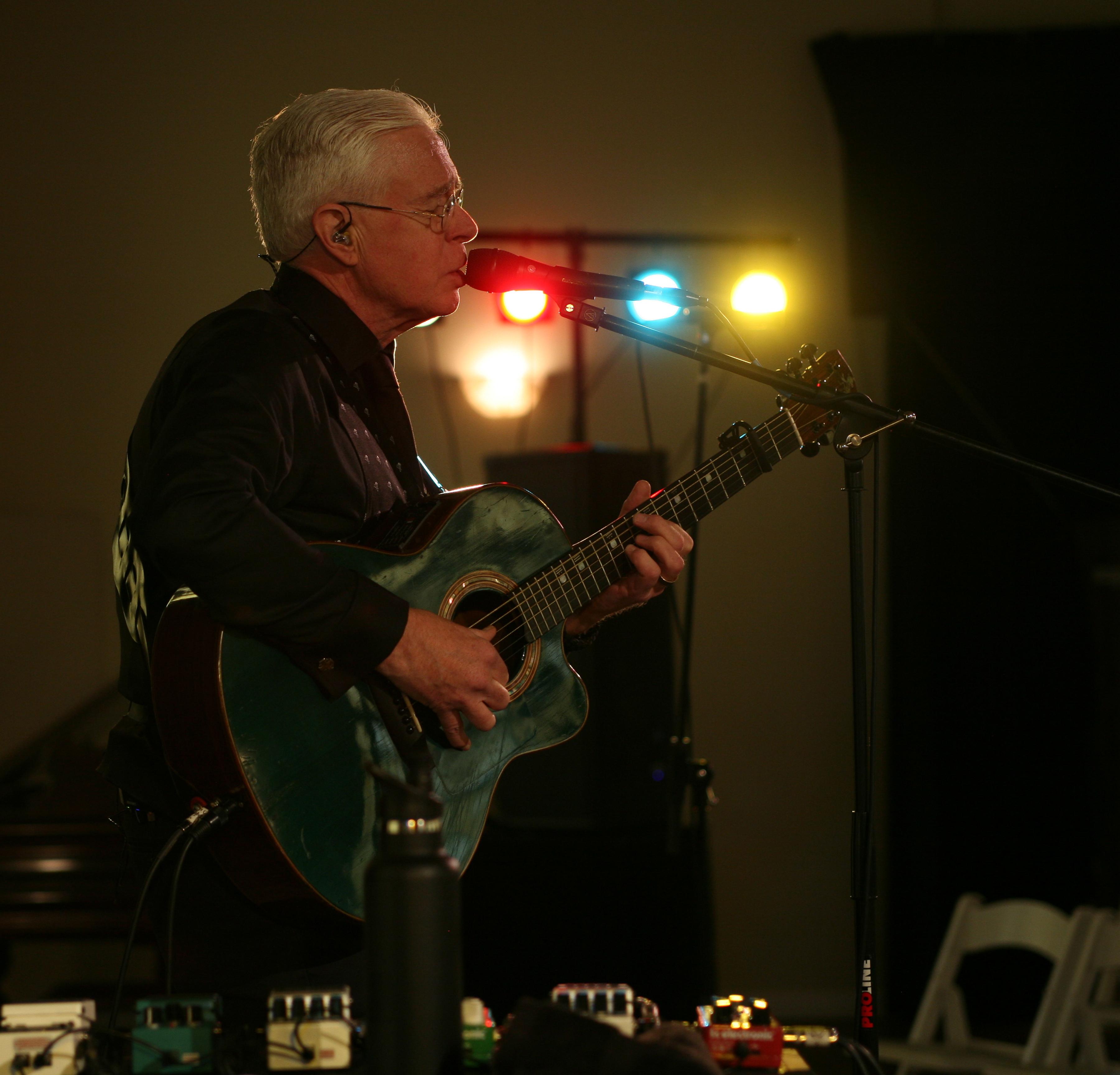 Bruce Cockburn (photo by Daniel Keebler)